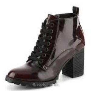 Mix No.6 Elisabet Chunky Bootie in Burgandy Shiny